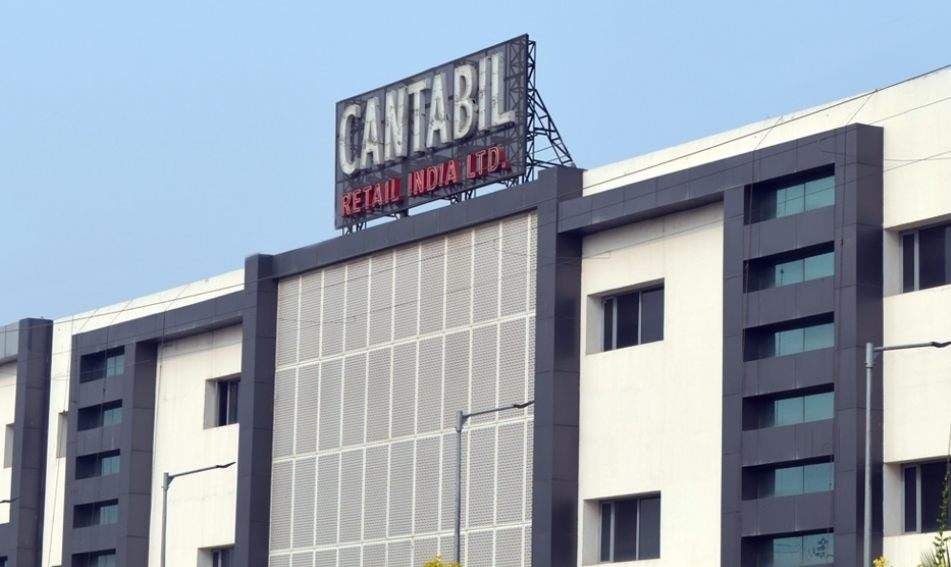 In conversation with Deepak Bansal, Director Cantabil – The ups and downs of Retail Chain